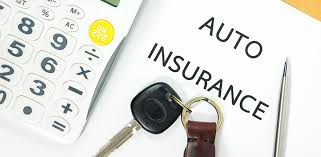 Image of keys and words stating auto insurance